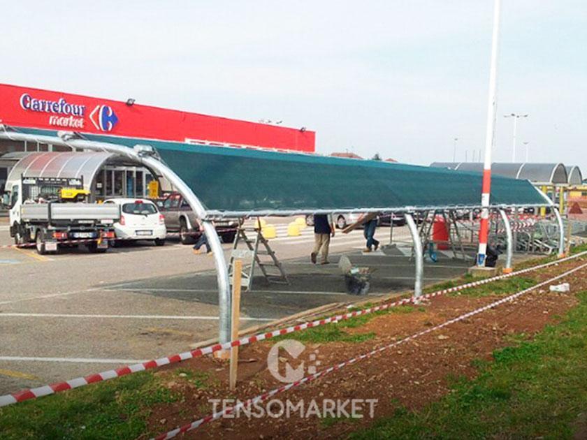 copertura ombreggiante per parcheggio commerciale