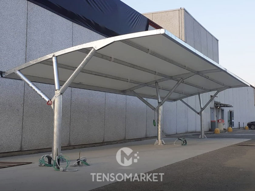 tettoia auto per parcheggio supermercato