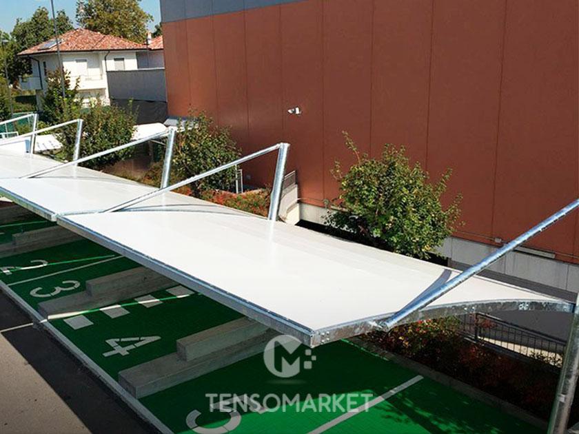 tettoia a sbalzo per parcheggio aziendale